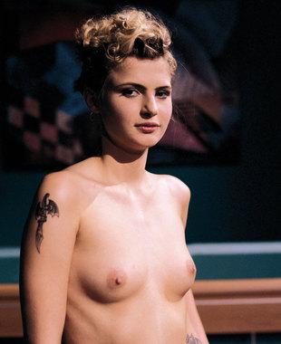 Sara Dark