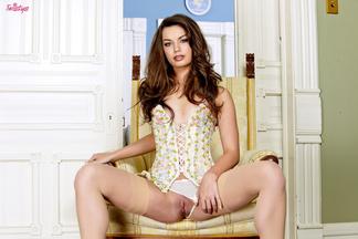 Amber Addison masturbando su coñito depilado, foto 7