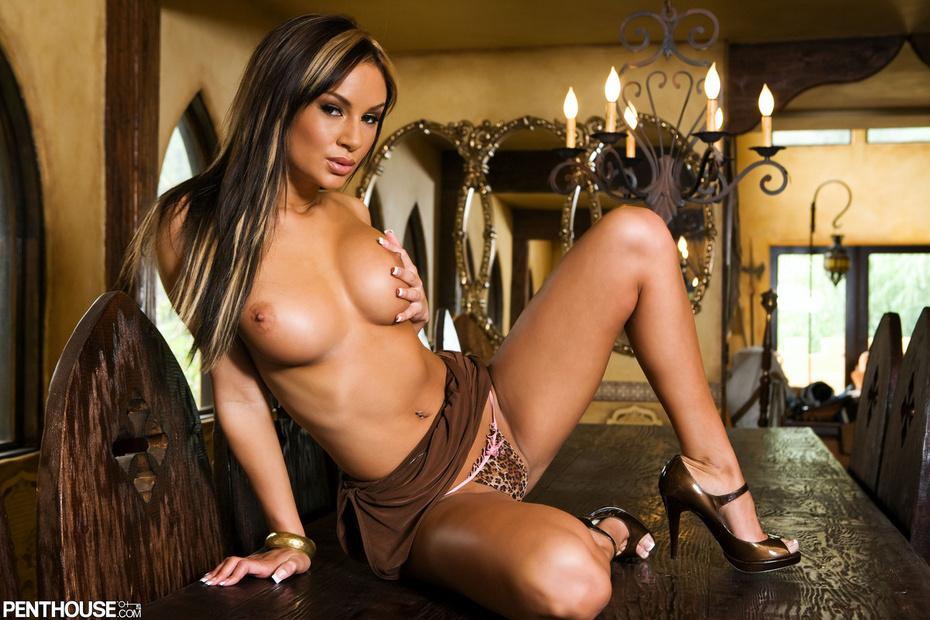 Amy Fisher Fotos, galeras de fotos y fotos de desnudos