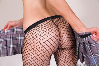 Callie Cyprus acariciando su clítoris, foto 7