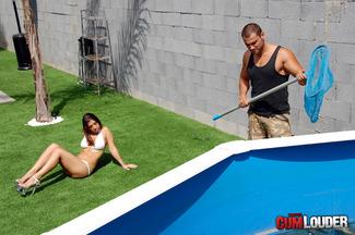 Carla Cruz ansiosa por que Juan-Z rellene su coñito húmedo, foto 1