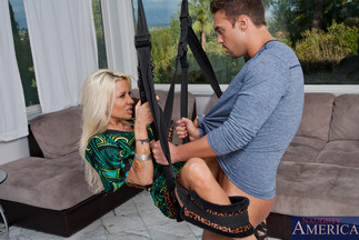 Sexo con Helly Mae Hellfire y Rocco Reed, foto 4