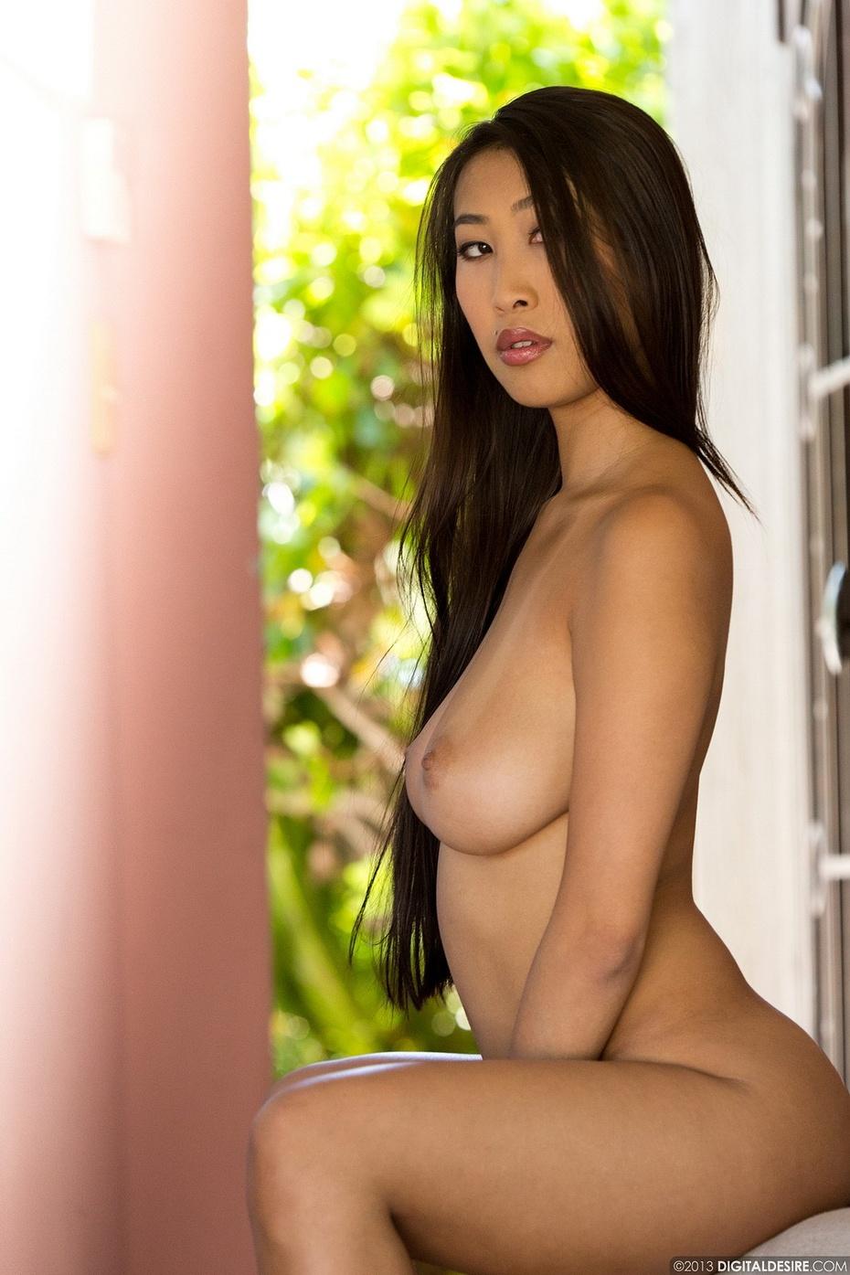 Sharon Lee, foto 5