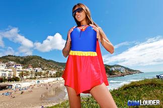 Supergirl Fayna Vergara en un anal con Moisex, foto 1