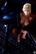 Victoria Zdrok desnuda y a cuatro patas para Playboy.com, foto 2