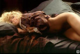 Victoria Zdrok desnuda y a cuatro patas para Playboy.com, foto 18