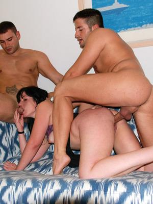 Lorena Fox,Moisex,Juan-Z y Nick Moreno