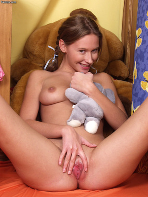 Roxy Carter