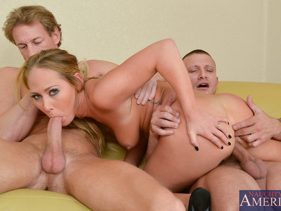 Carter Cruise,Mr. Pete y Ryan McLane
