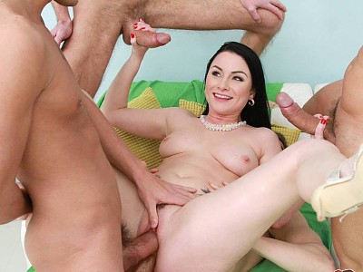 Veruca James,Luca Ferrero,Erik Everhard,Chris Diamond y Cristian Devil