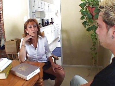 Linda Friday Porno 8