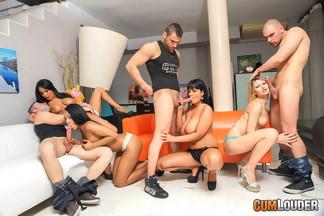Anissa Kate, Claudia Shotz, Jasmine Black y NoeMilk en una buena orgía, foto 5