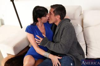 Eva Karera follándose al gran Mick Blue, foto 3