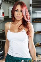 Monique Alexander follándose en la cocina a Johnny Sins, foto 1