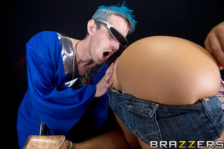 Nikki Sexx y la gran polla de Danny Dong penetrando su culito, foto 5