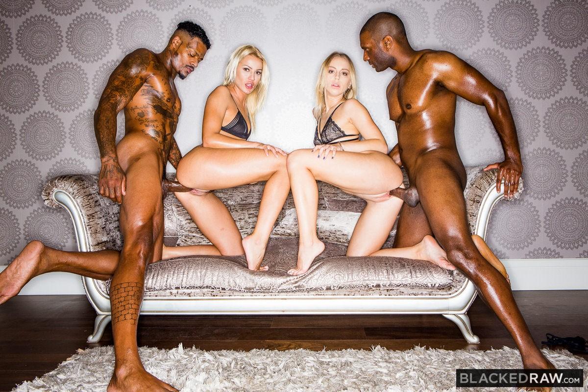 Orgias Con Rubias orgía con dos putas rubias, foto 3   xnostars