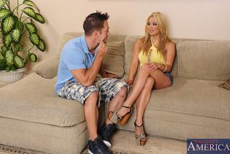 Tetona Mia Lelani en un anal con Johnny Castle, foto 2